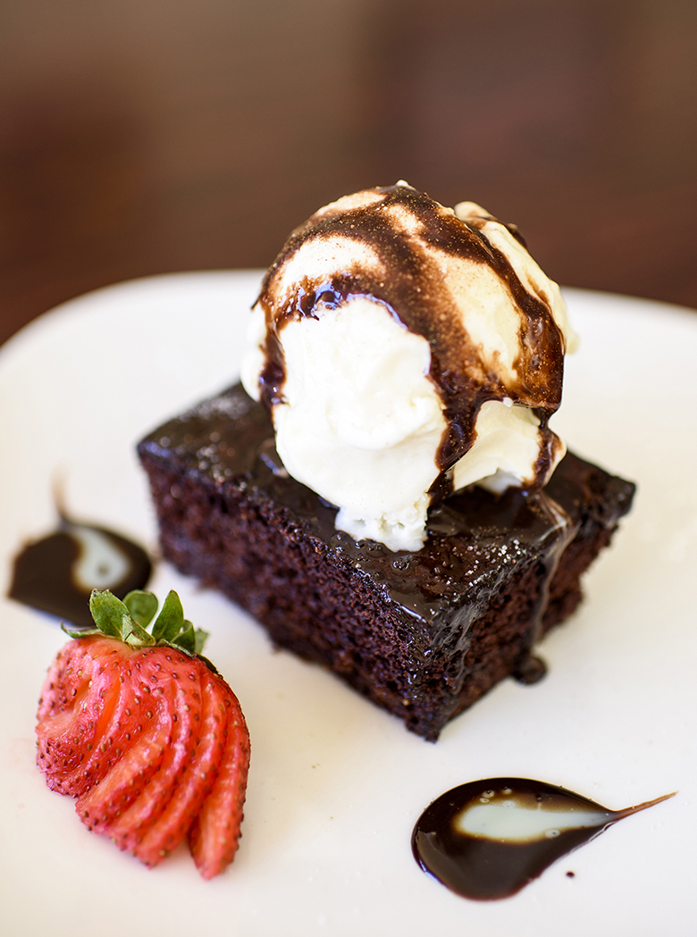 <span style='text-shadow: 1px 1px 2px #000000;'>Desserts</span>